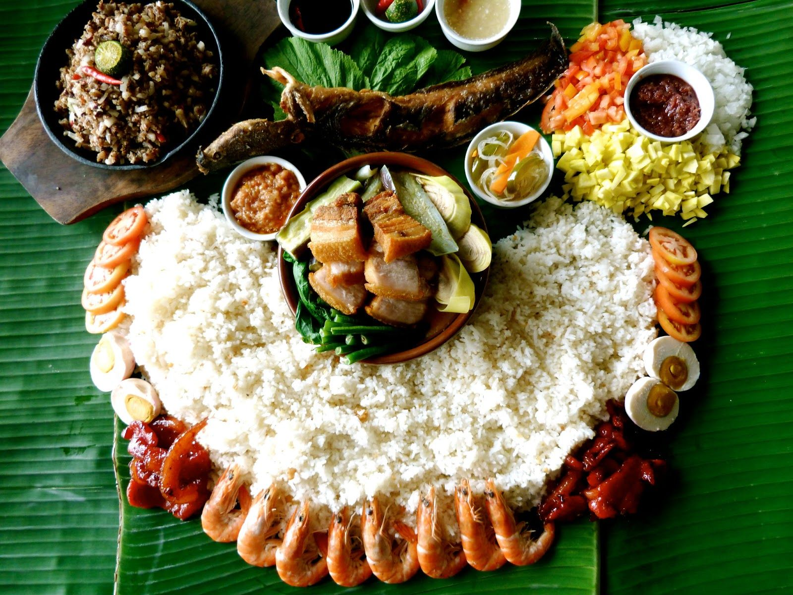boodle fight feast Google Search Boodle fight, Food