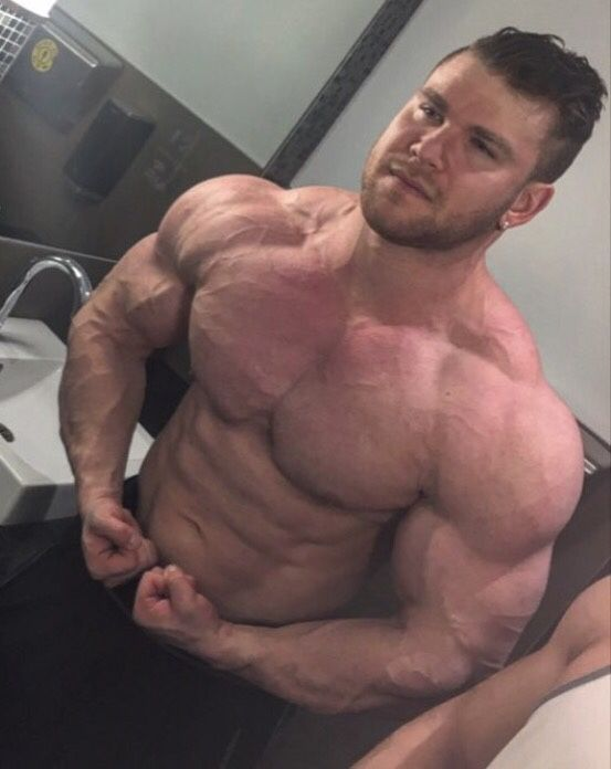 Muscle Worship Justin Huyghue Justin Huyghue Pinterest Muscle White Boys And Boys