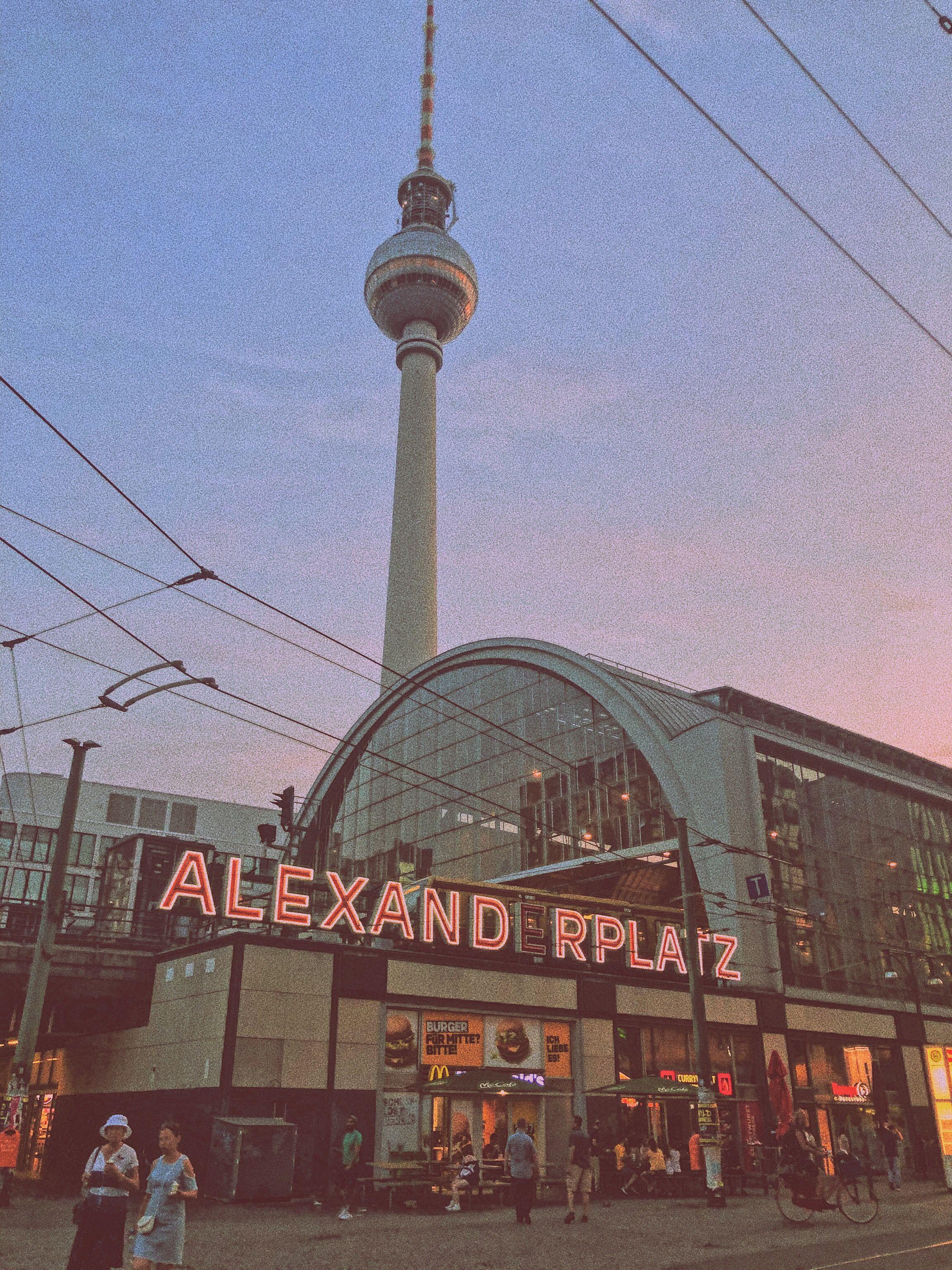 Alexanderplatz In 2020 Berlin Kurztrip Berlin Reise Reisen Deutschland