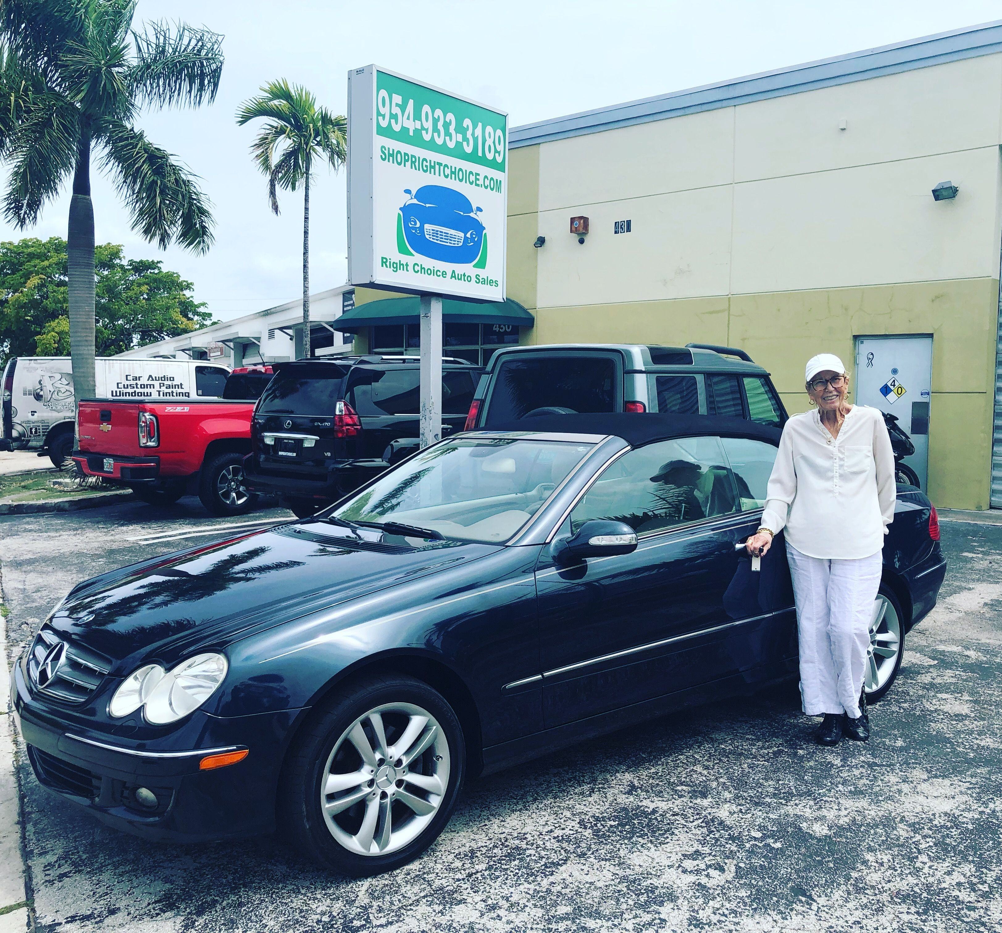 Another Happy Customer With Her 2006 Mercedes Benz Clk350 Convertible At Right Choice Auto Sales In Pompano Beach Cars For Sale Pompano Beach Used Luxury Cars