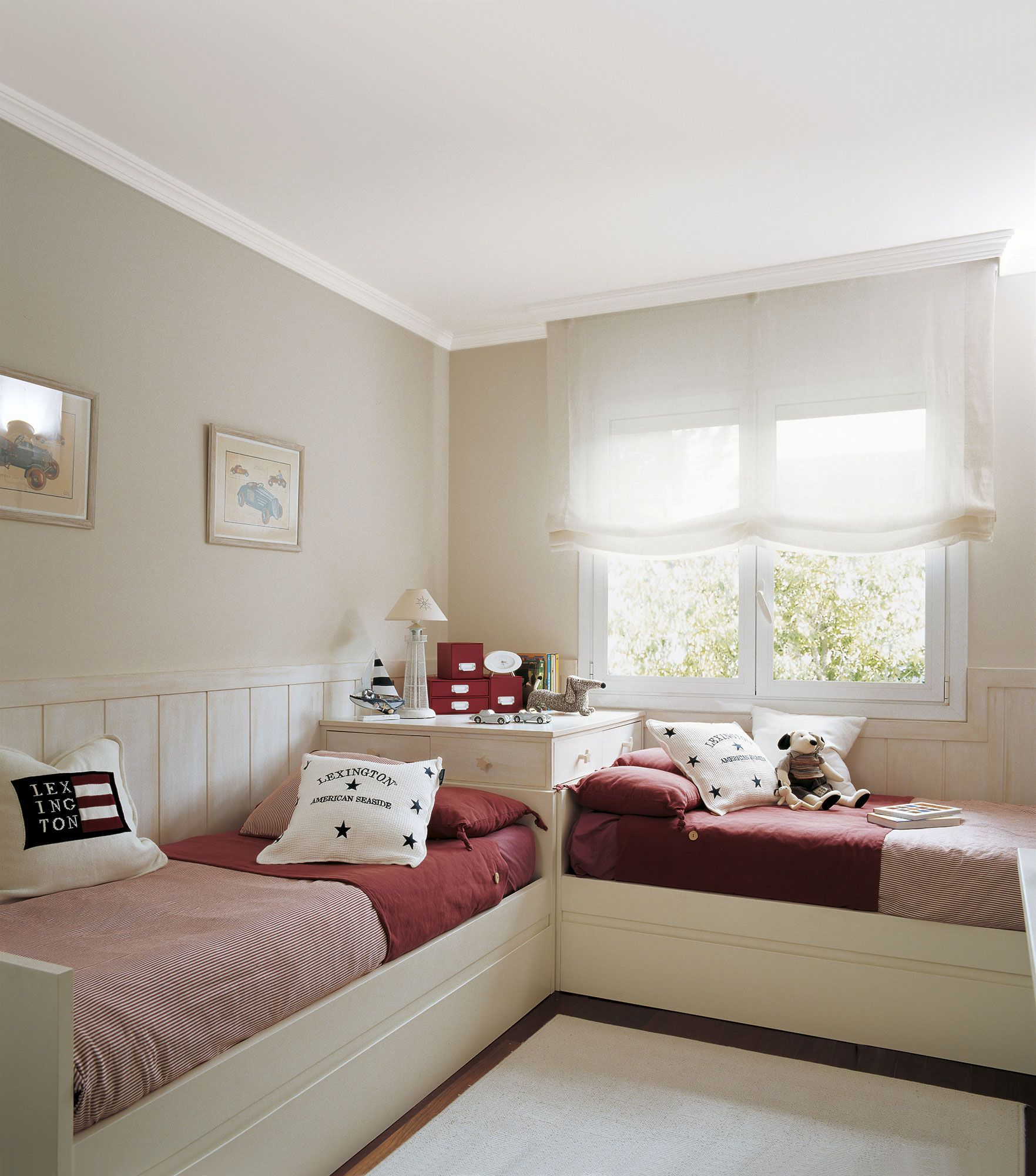 Habitacion Infantil Con Dos Camas En L Dormitorios Habitaciones Infantiles Dormitorios Compartidos