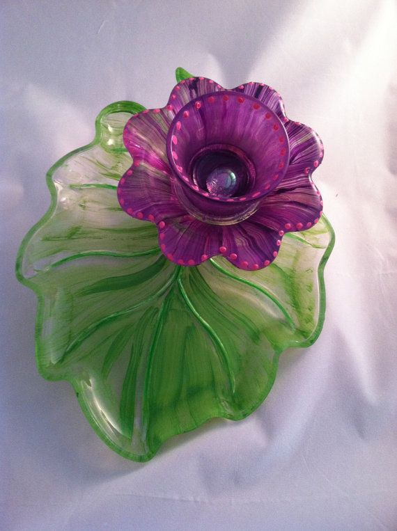 Recycled glass plate garden yard art flower by for Recycled glass flowers