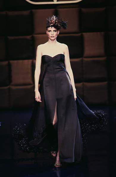 Valentino F/W 1996 Couture