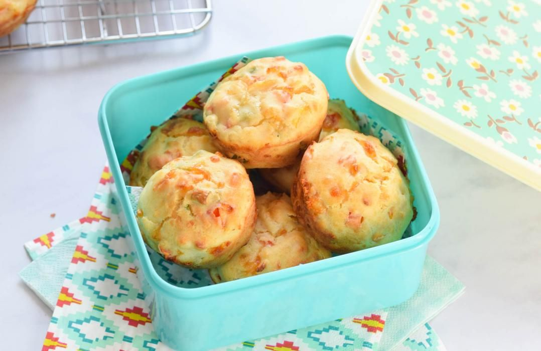When packing a picnic for little learners, finger foods are a must! Give our rainbow muffins a go...