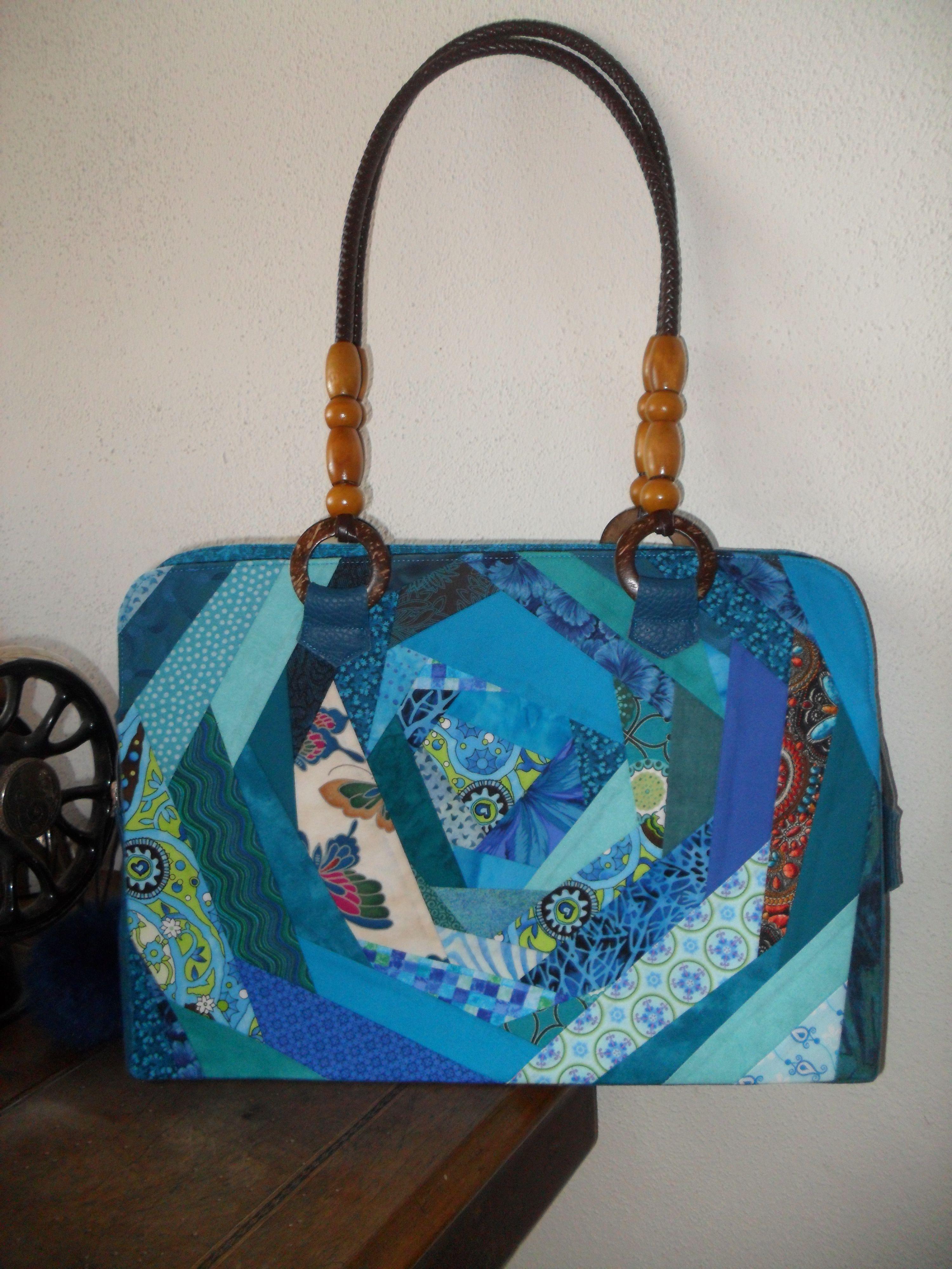 Crazy Patchwork Tasche. Von mir selbst genäht. Diese kann erworben werden. Verkauft!