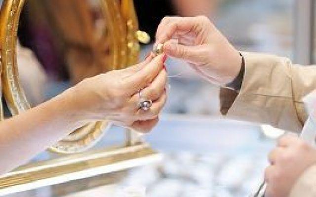 Promuovere online le gioiellerie e il settore luxury