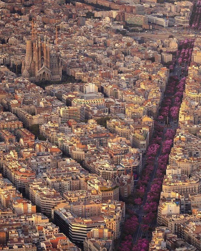 Veja Mais Em Thyagodantas Barcelona Cidade Viagens Espanholas Lugares Maravilhosos