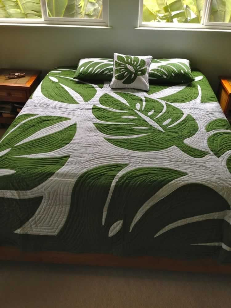 hawaiian quilts king size - Cerca con Google | Leaf patterns ...