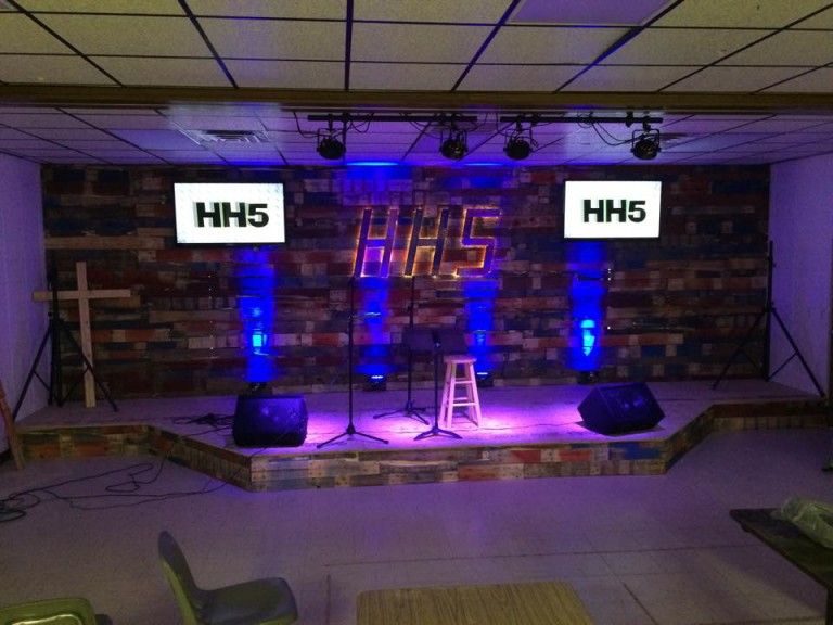 99 Youth Room Decor Ideas Youth Downloadsyouth Downloads In 2020 Youth Room Youth Ministry Room Kids Church Decor