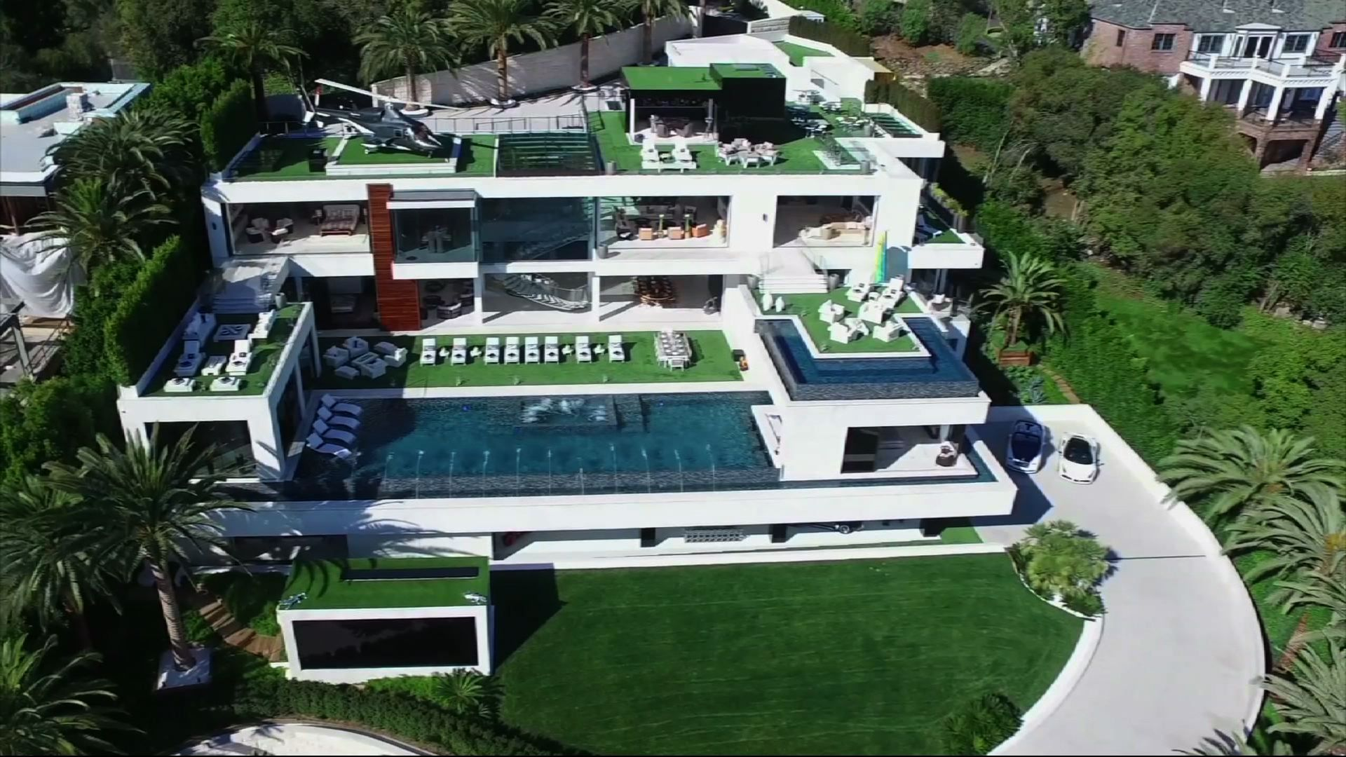 At A Cool 250m La Mega Mansion Is Priciest Listing In Us