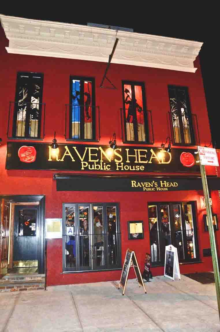 The Raven S Head Astoria Pub Restaurant Bar Food Tues Night Trivia 7pm On Broadway Near Steinway Public House House Restaurant Bar