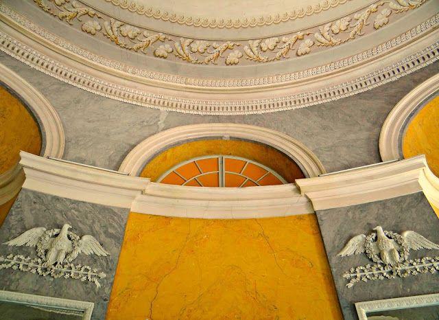 Travelblogger: Városlátogatások: Festetics-kastély Dég