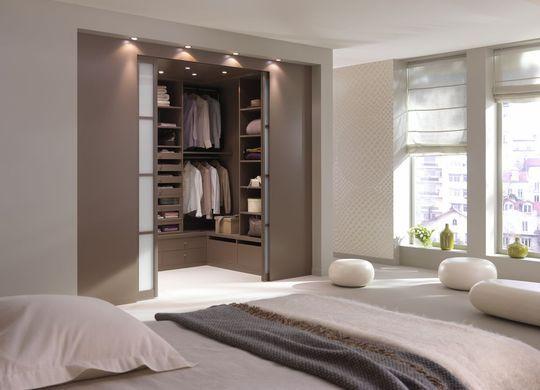 chambre confortable avec dressing bureau ou salle de bains de rve nos ides pour - Espace Bureau Dans Chambre Parentale