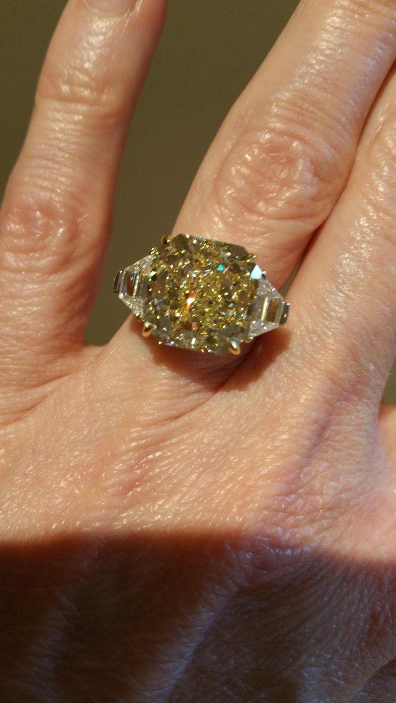 Scarselli gia certified carat yellow radiant cut diamond