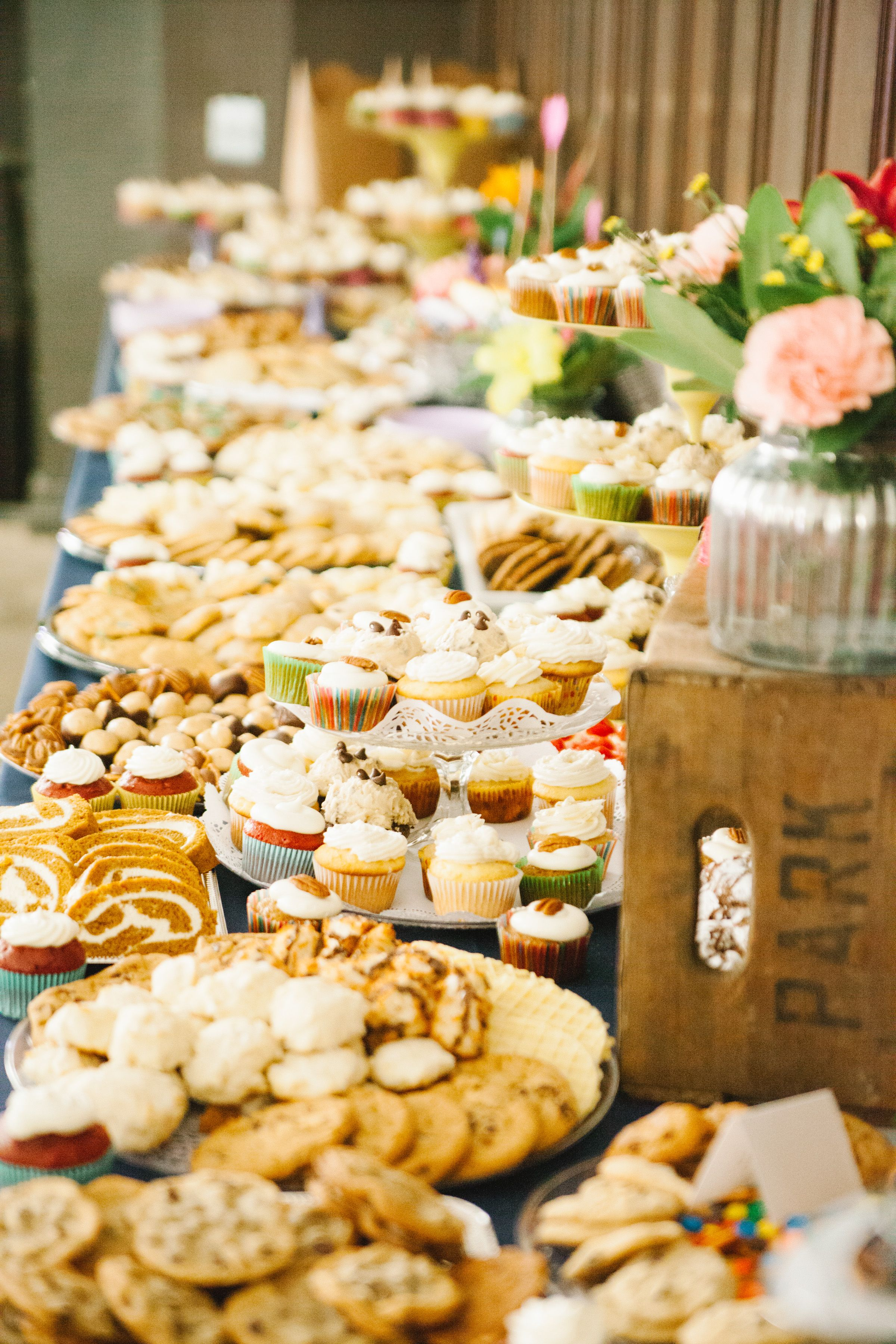 Pittsburgh Cookie Table Http Www Unionproject Org Cookie Table Wedding Cookie Table Wedding Snack Bar