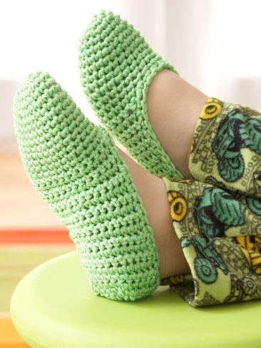 Easy Family Slippers Yarn Knitting Patterns Crochet Patterns