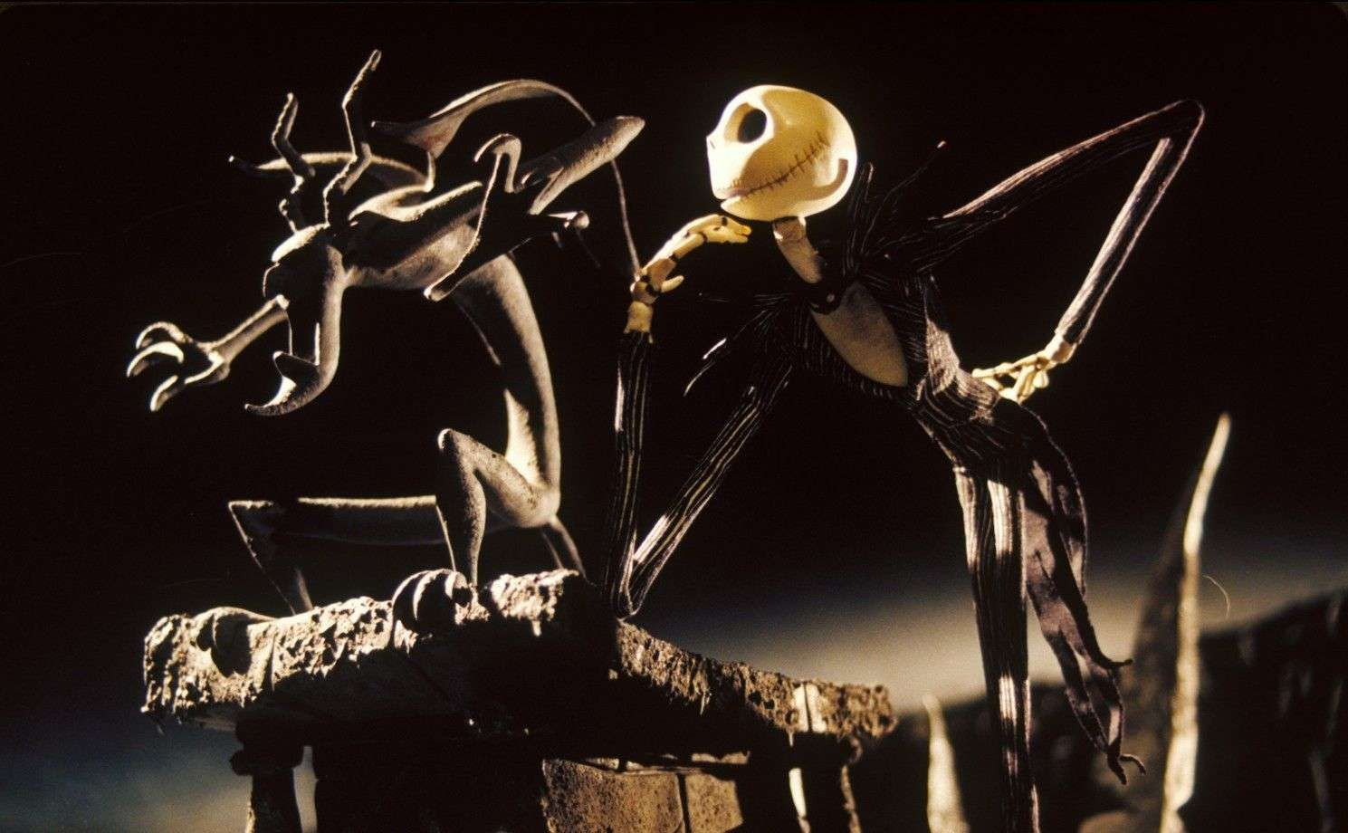 10 Times You Cheered For The Bad Guy Nightmare Before Christmas Wallpaper Nightmare Before Christmas Movie Nightmare Before Christmas Live