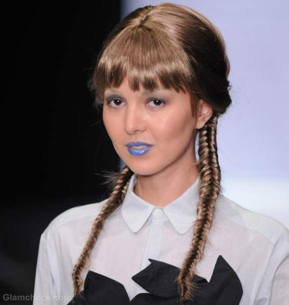 Two Fishtail Braids Along With Bangs Hairstyle How To Fish Tail Braid Oval Face Hairstyles Hair Styles