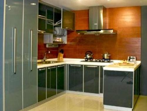 Indian kitchen design modern elegant small indian for Kitchen cabinets india