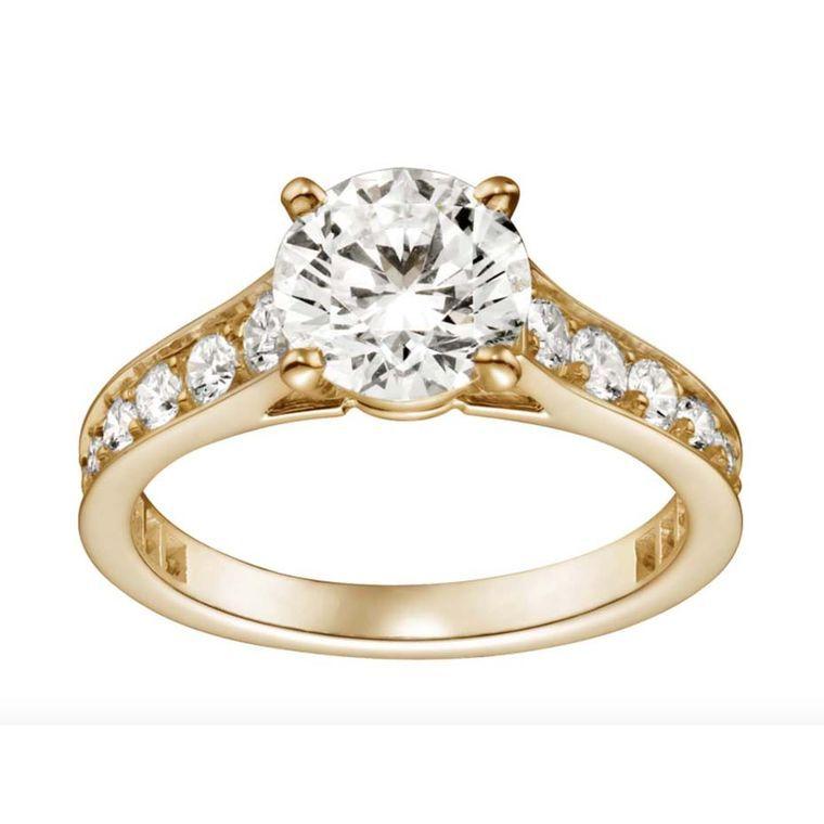 Pique travel design wedding ring