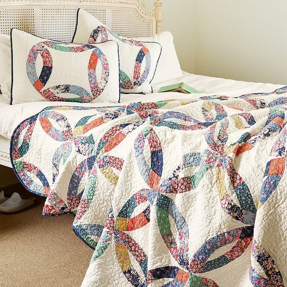 Wedding Ring Quilt & Pillowcase Set Pillow cases, Bed
