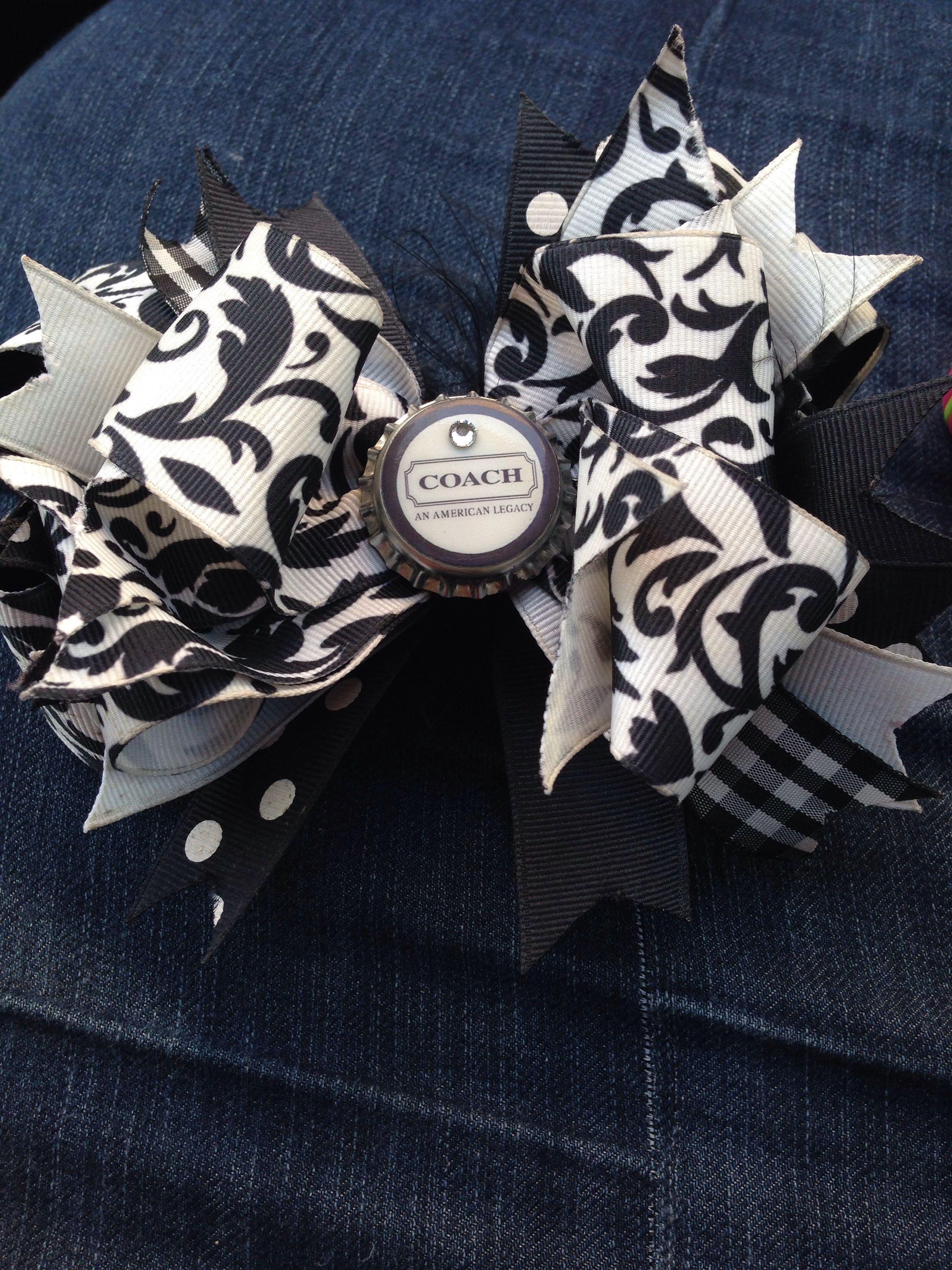 DIY homeade coach hair bow  2 Thin ribbons white & black 2 thick