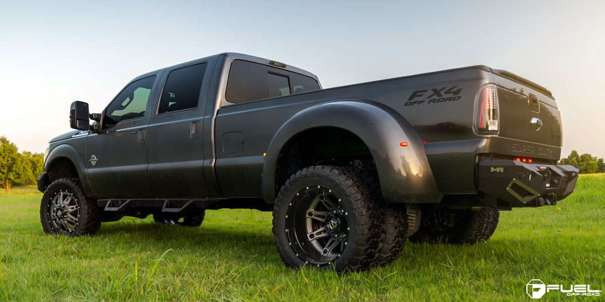 2004 f350 dually tire size