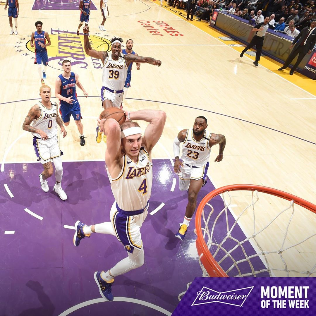 Los Angeles Lakers On Instagram Alex Caruso S Big Dunk Against The Pistons Is Our Moment Of The Week Presented By Budweiserusa In 2020 Lakers Nba Lakers Wallpaper