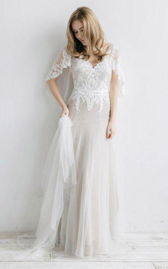 Backless Boho Wedding Dress with Bat Sleeves Spring Country Bridal Dress