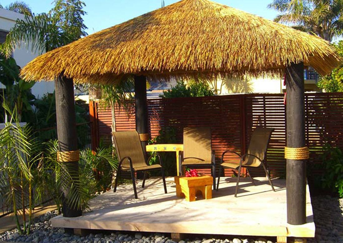 Synthetic Thatch Brustics Tiki Hut Thatch Thatched Roof