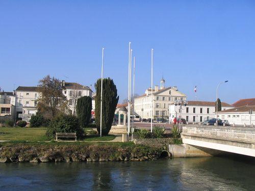 Ruelle-sur-Touvre, Charente.