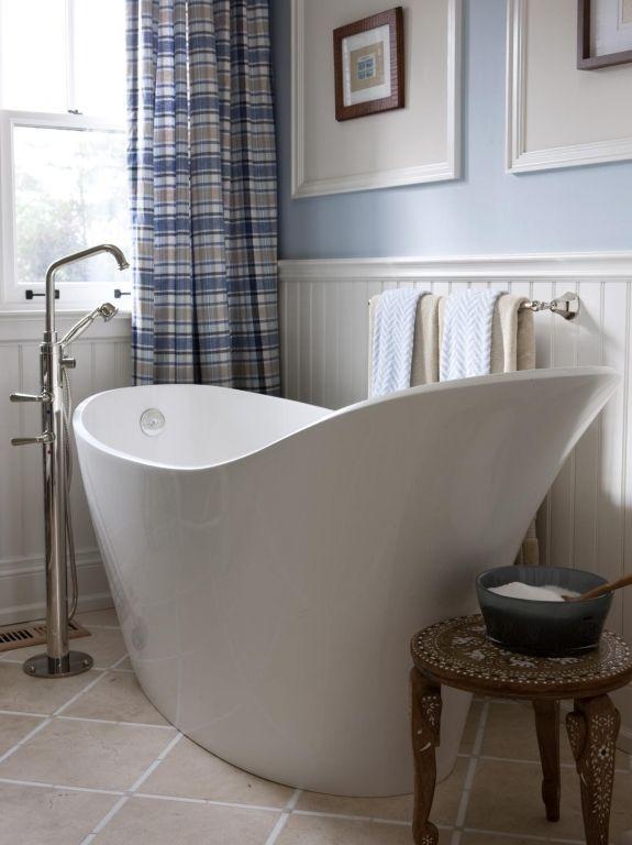 Brilliant Small Soaking Tub Infinity Bathtub Design Ideas Pictures