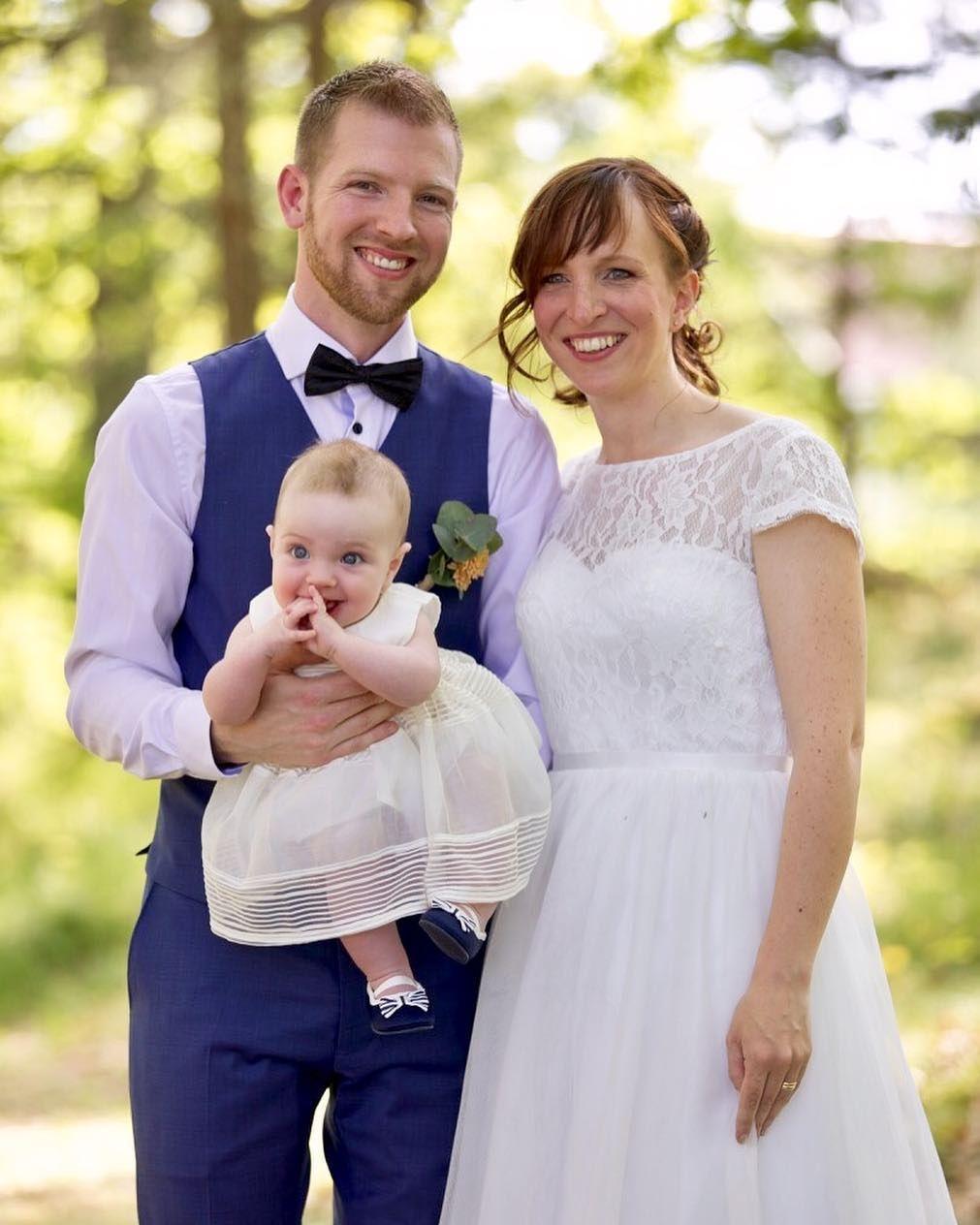 8ec368c9c9d9 Bröllop i helgen! Fick äran att vara med Malin och Jacob vid Vårdsnäs  hembygdsförening.