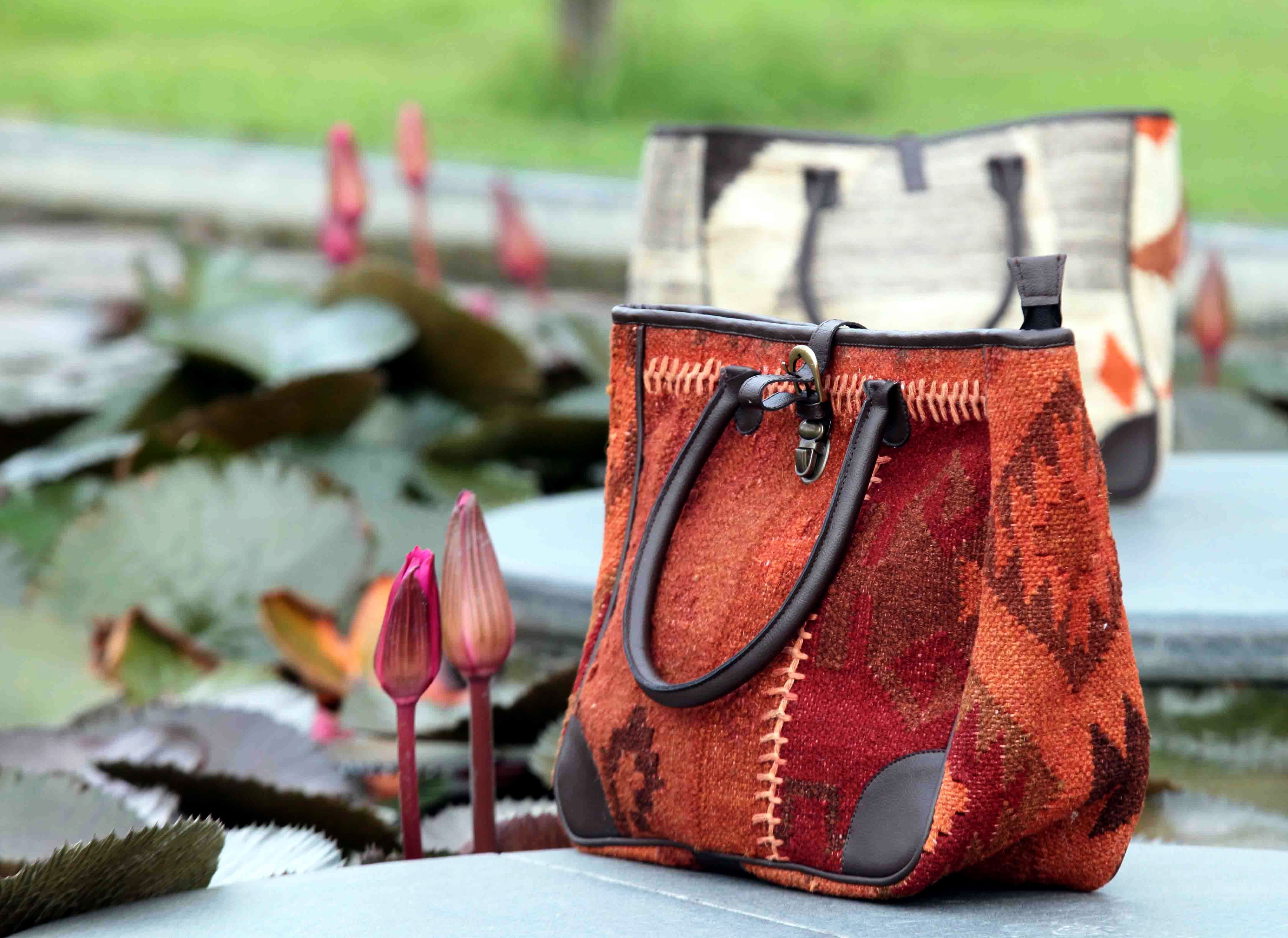 Kilim tote bag #kilim #tote #kilimbag #bohemian #bohochicstyle #boriyabasta #handcraft