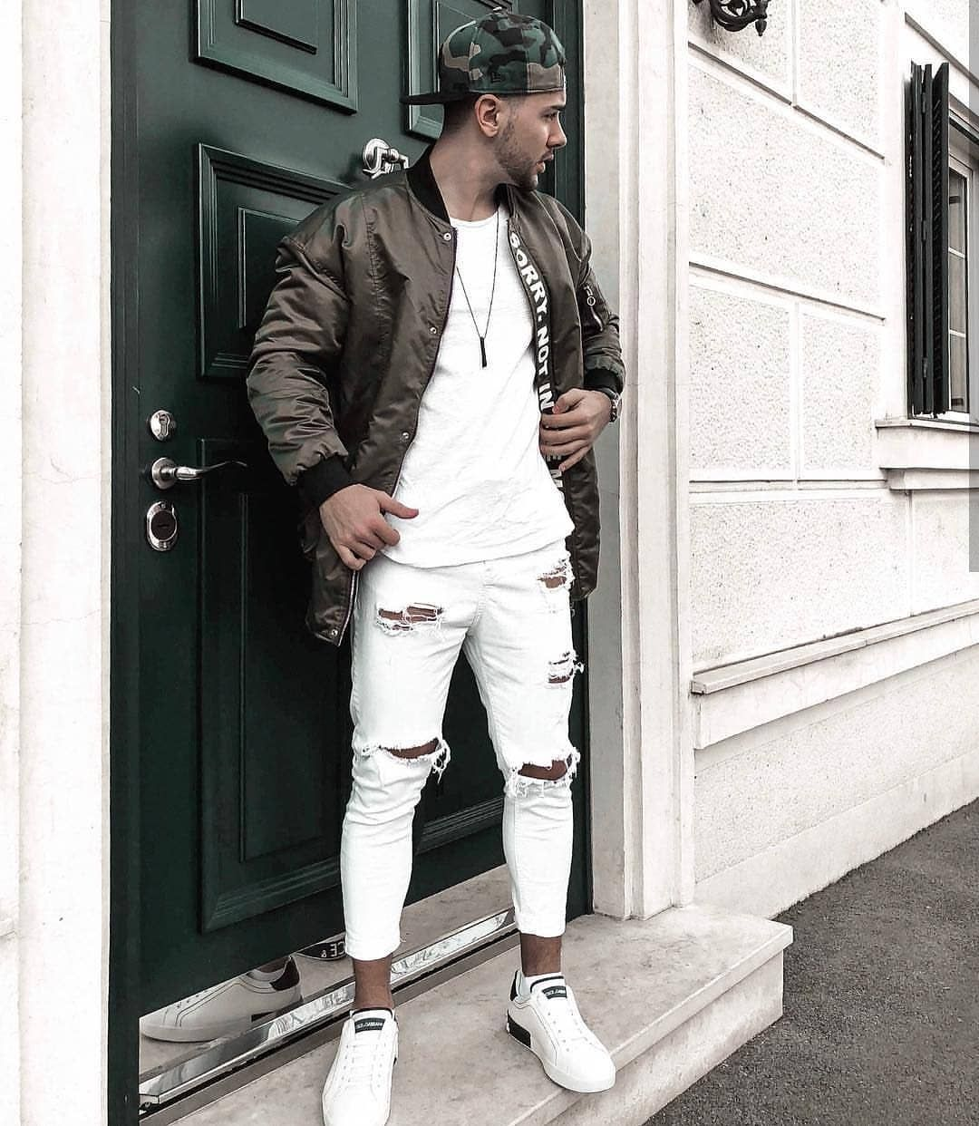 FOR YOUR INSPIRATION follow  savagelook  fashion  style  street  streetwear   ripped  urban  stylish  inspiration  fashionlover  jeans  shirt   sweatshirt ... 0973161dde5