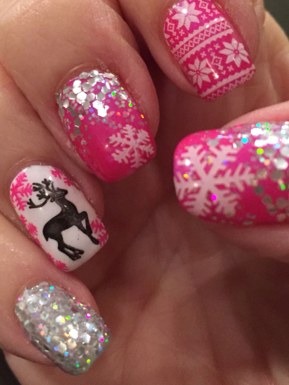 Pink Christmas nails | Nails | Pinterest | Nagelschere, Nagellack ...