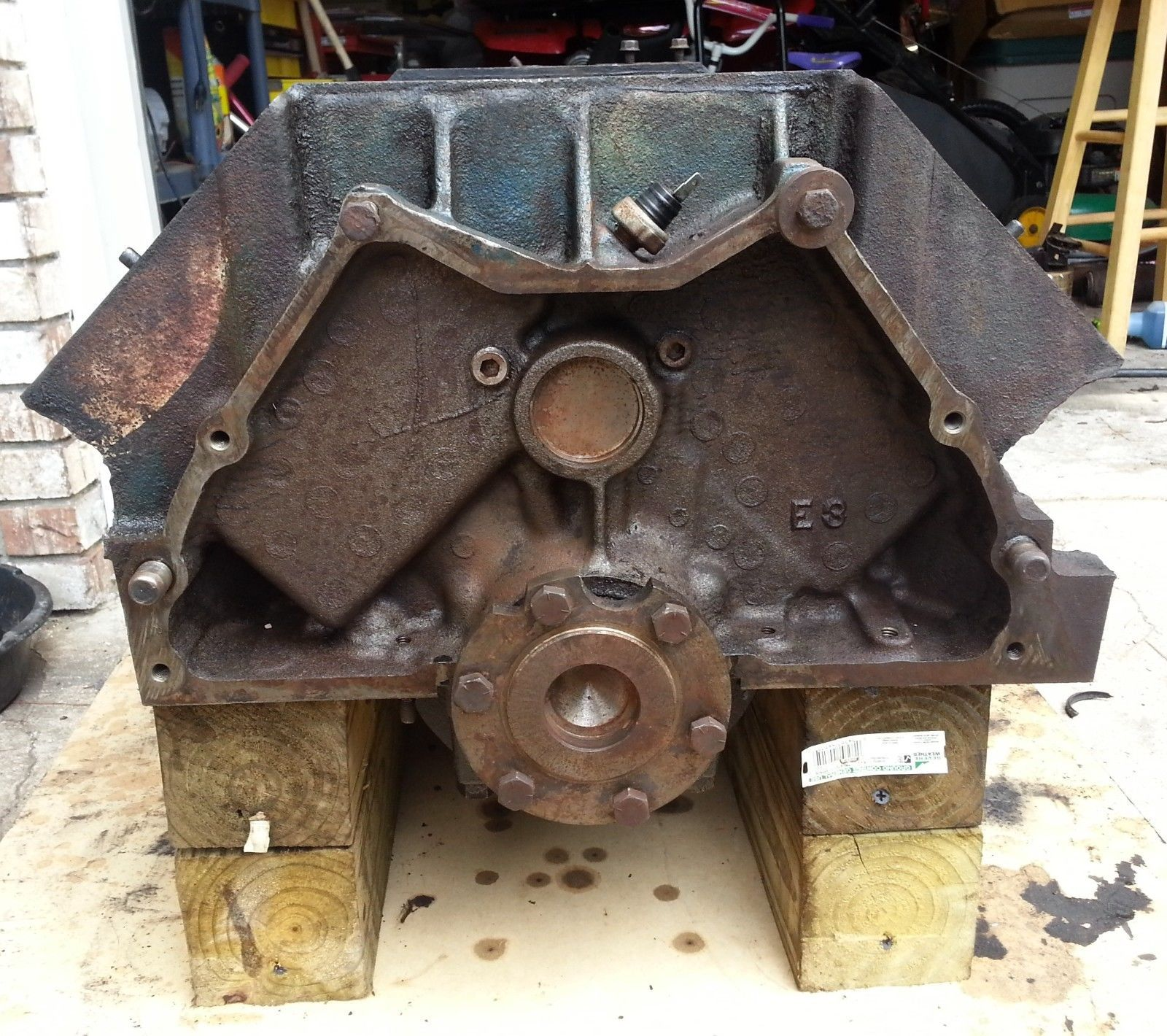 ci cadillac big block engine build hot rod magazine go fast cadillac 472 v 8 short block engine for rebuild 1972 big block cadillac