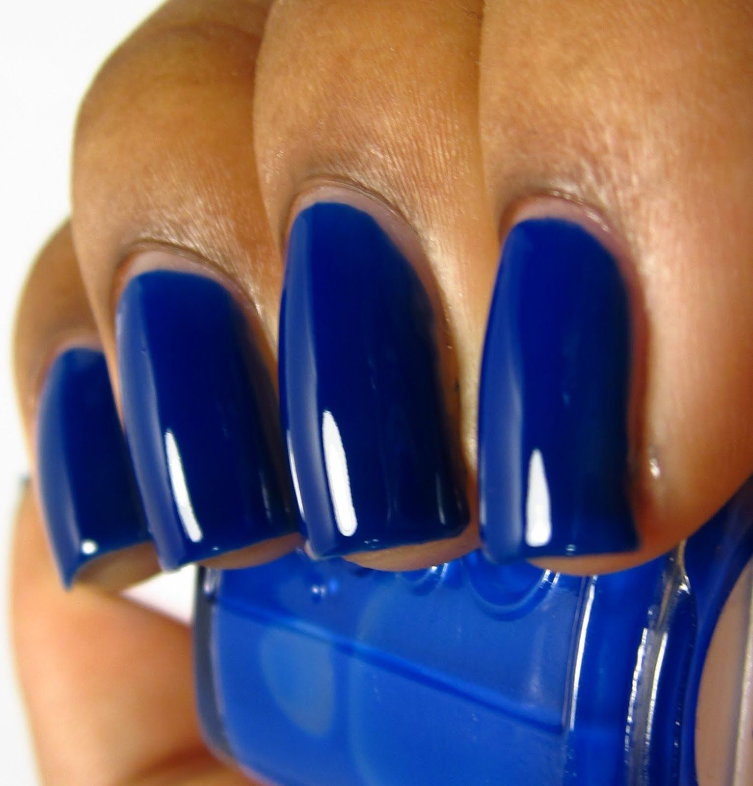 Essie bouncer itus me tips and toes pinterest bouncers nail