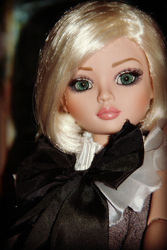 Ellowyne wigged basic .... | Flickr - Photo Sharing!