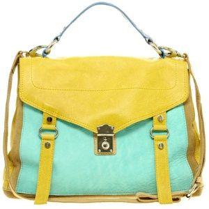 Choosing The Best Handbags For Summer