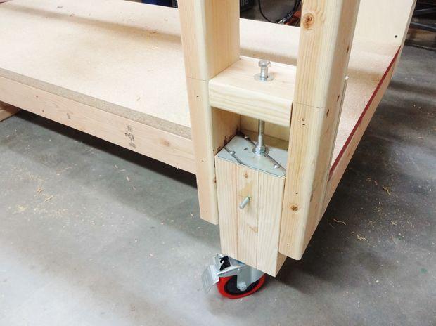 Height Adjustable Outfeed Worktable Cool Woodworking Projects Woodworking Projects For Kids Diy Workshop