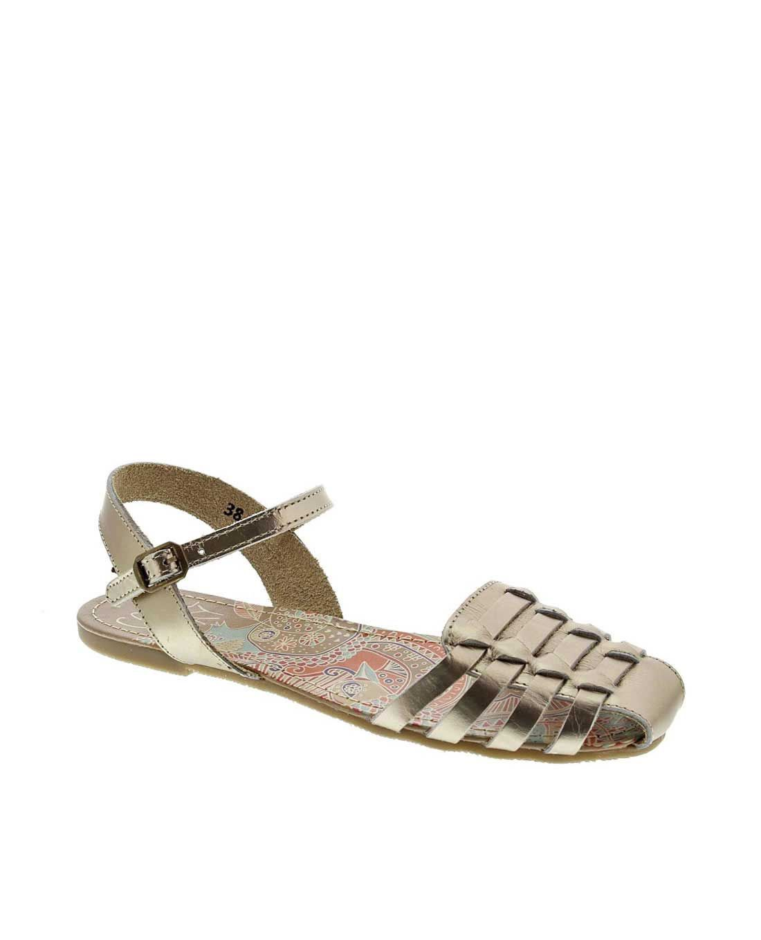 e55e6085bb1 Sandalias planas Coolway doradas Root   Pies   Sandalias, Zapatos y ...