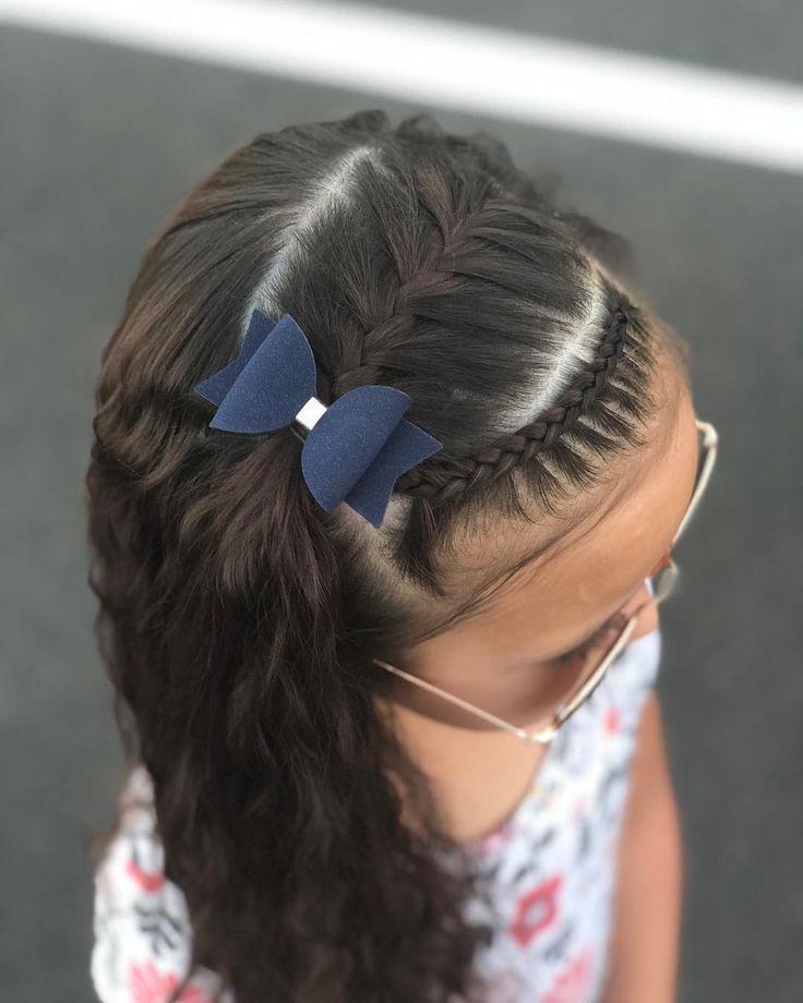 Bild Könnte Enthalten: Eine Oder Mehrere Personen Und Vordergrund - Mary Haircuts - Hair Beauty