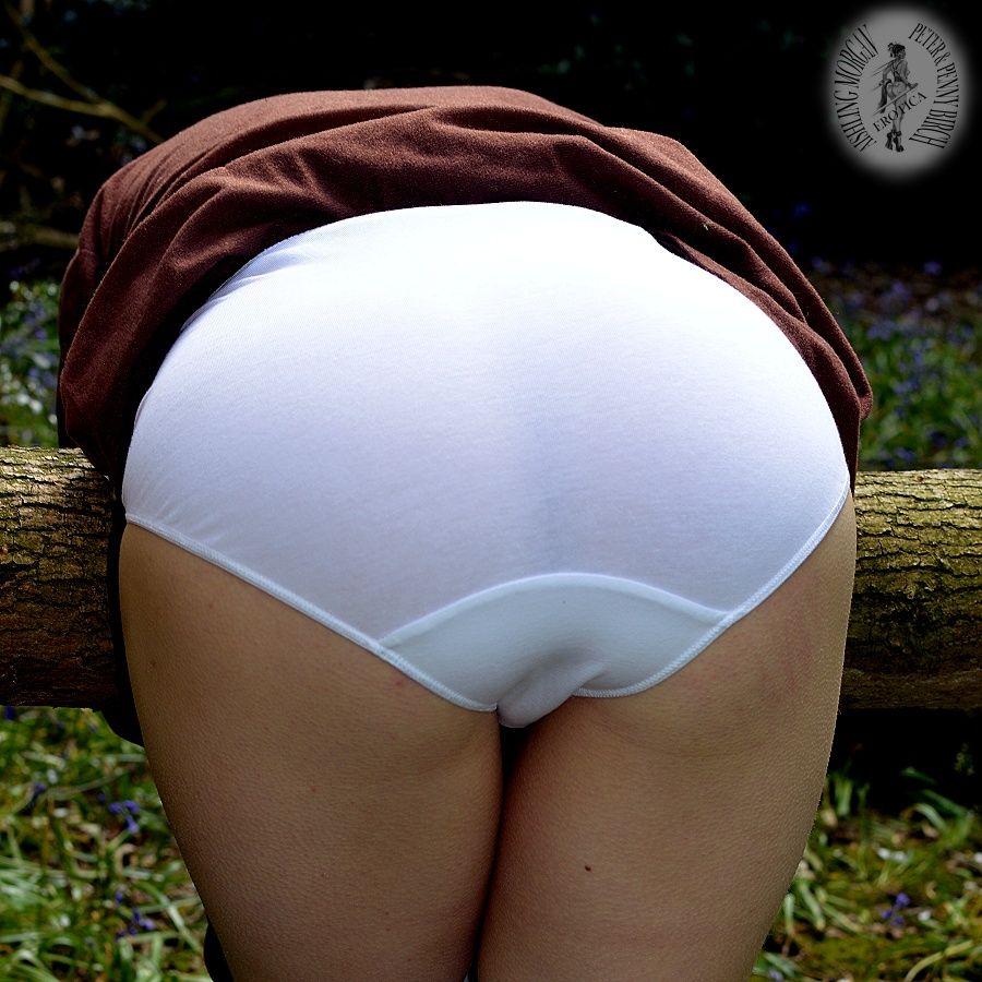 White cotton spank parents