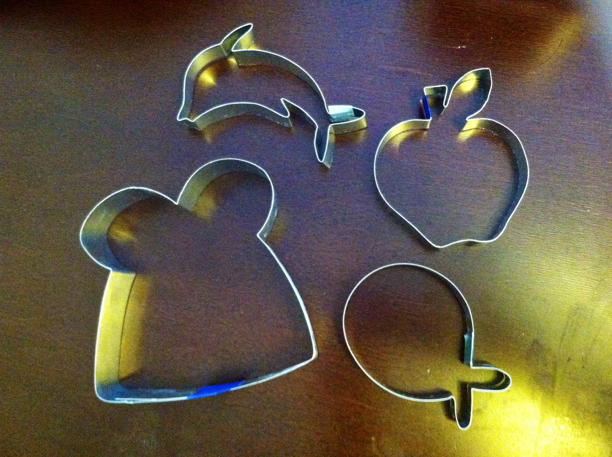 DIY cookie cutters just aluminum flashing from Home Depot tin snips