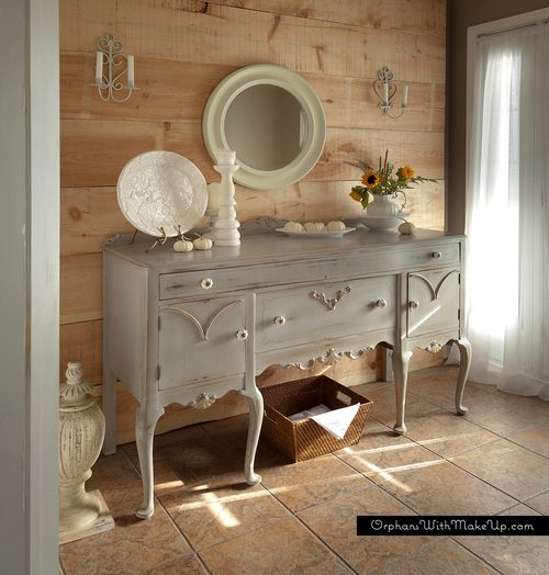 Painted queen anne sideboard mary vitullo blogger home for Sideboard queens