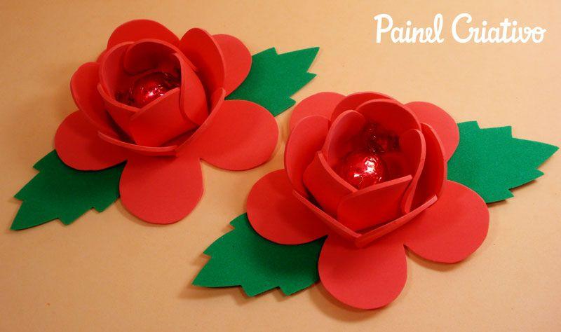 Passo a passo lembrancinha dia das maes flor porta bombom for Colocar papel mural