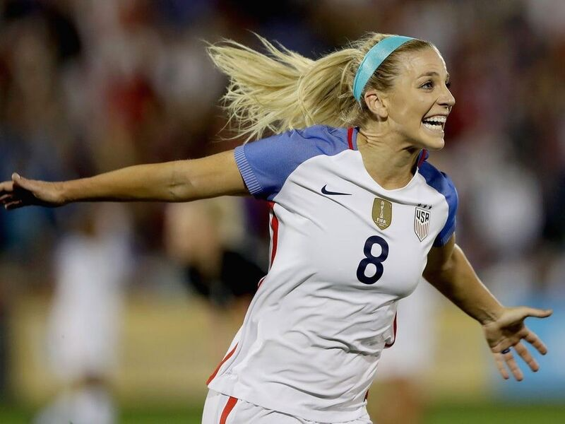 These Powerful Women Are The Top 100 Richest Female Athletes In 2020 Female Athletes Women S Soccer Soccer Players