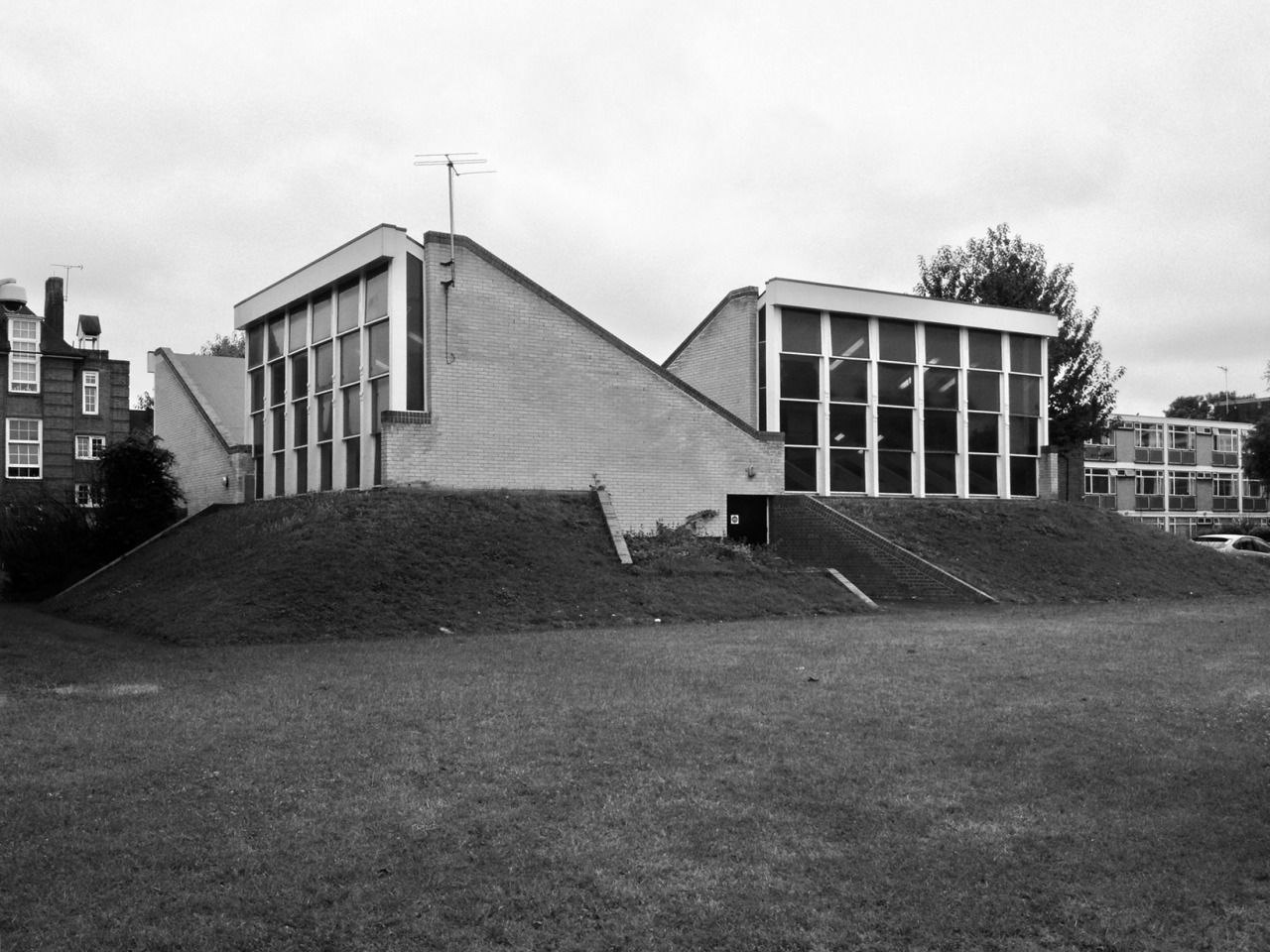 1961 - Brunswick Park School - London - James Stirling / James Gowan ...