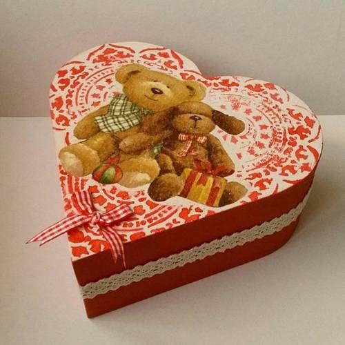 Coeur coffret boîte en bois rouge tendresse UGM Un grand marché ... 7a60629200e